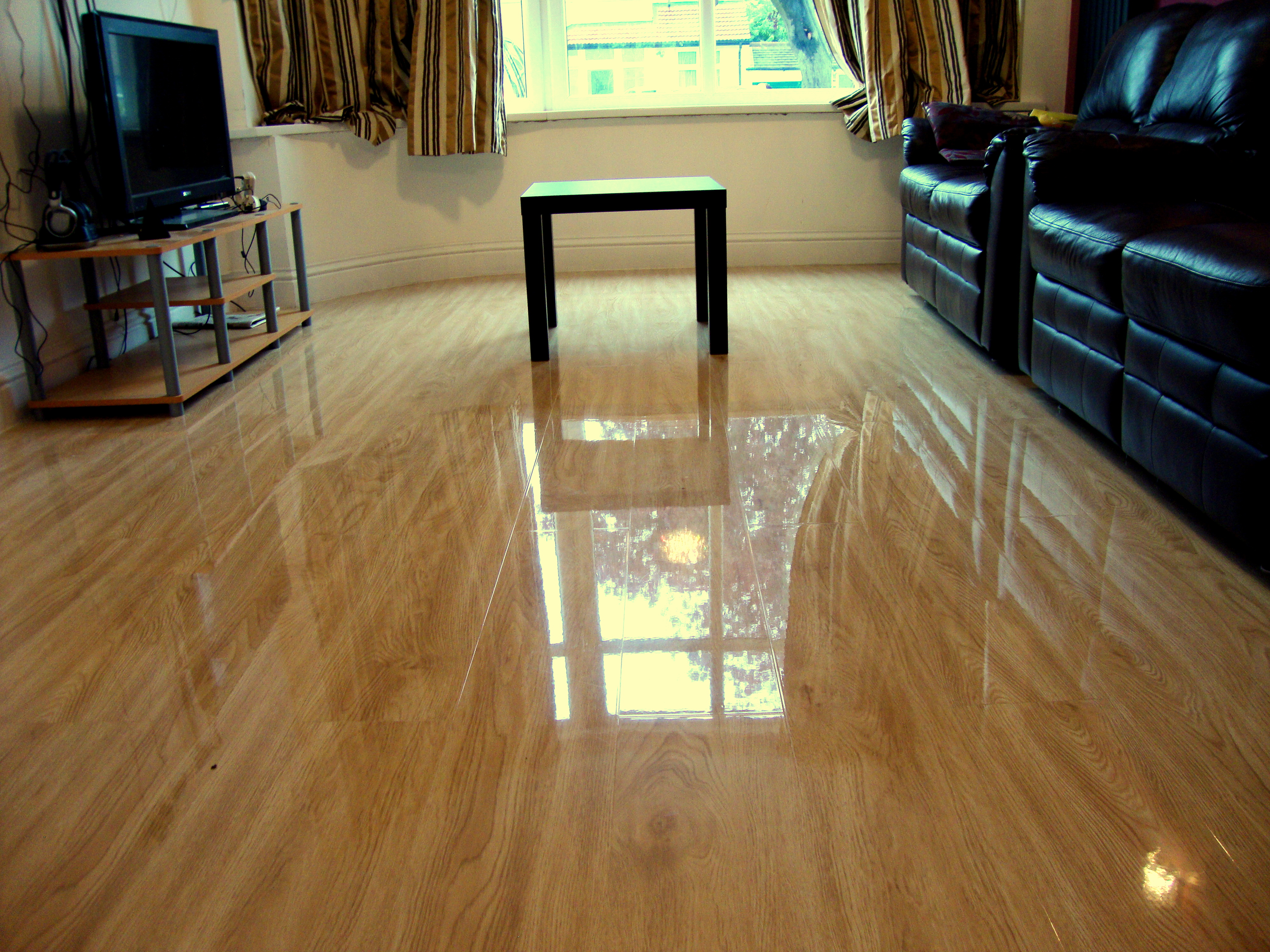 High Gloss Sandy Oak Floorless Floors