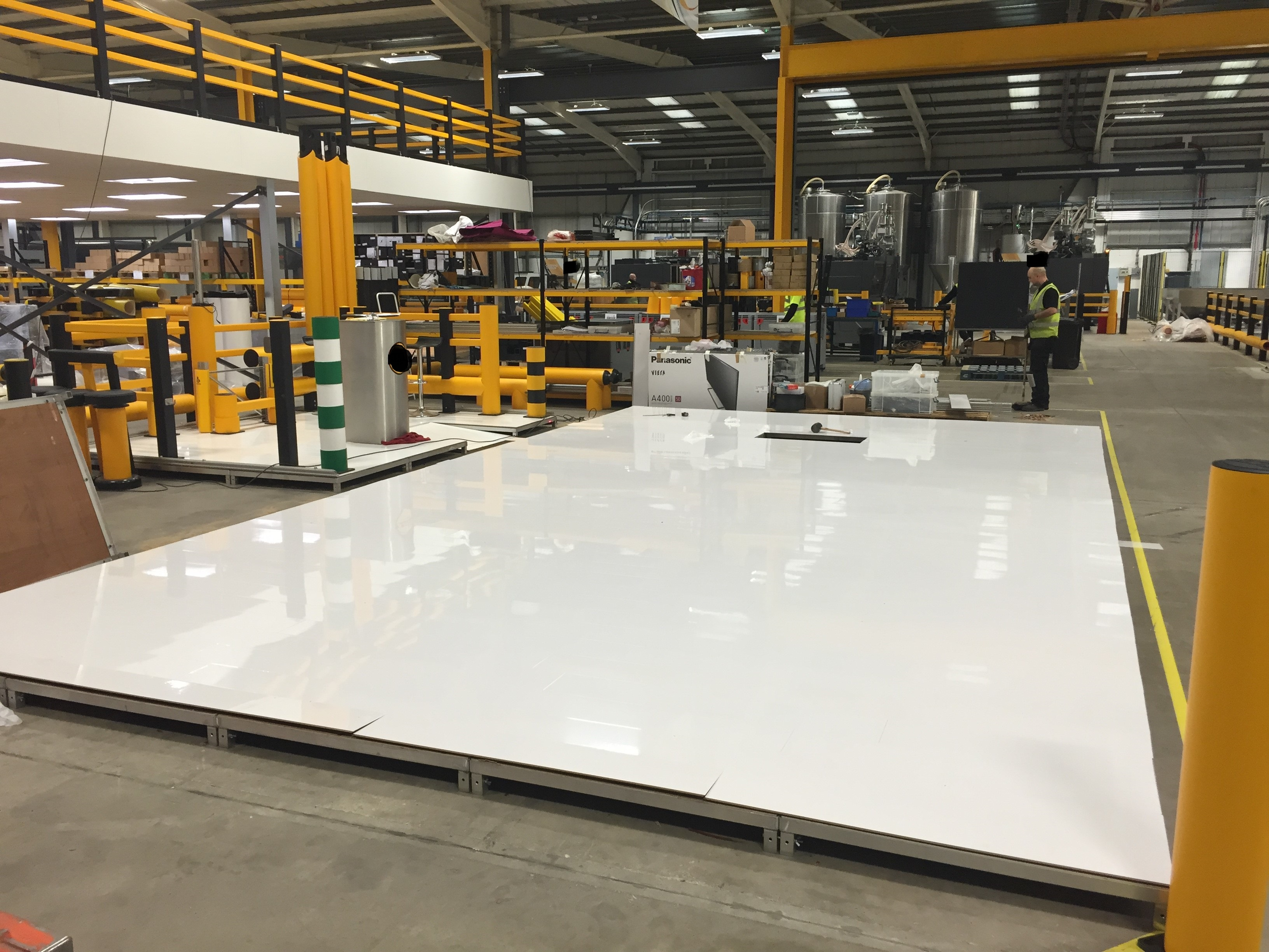 Exhibition Booth Flooring : For high gloss flooring in the uk floorless