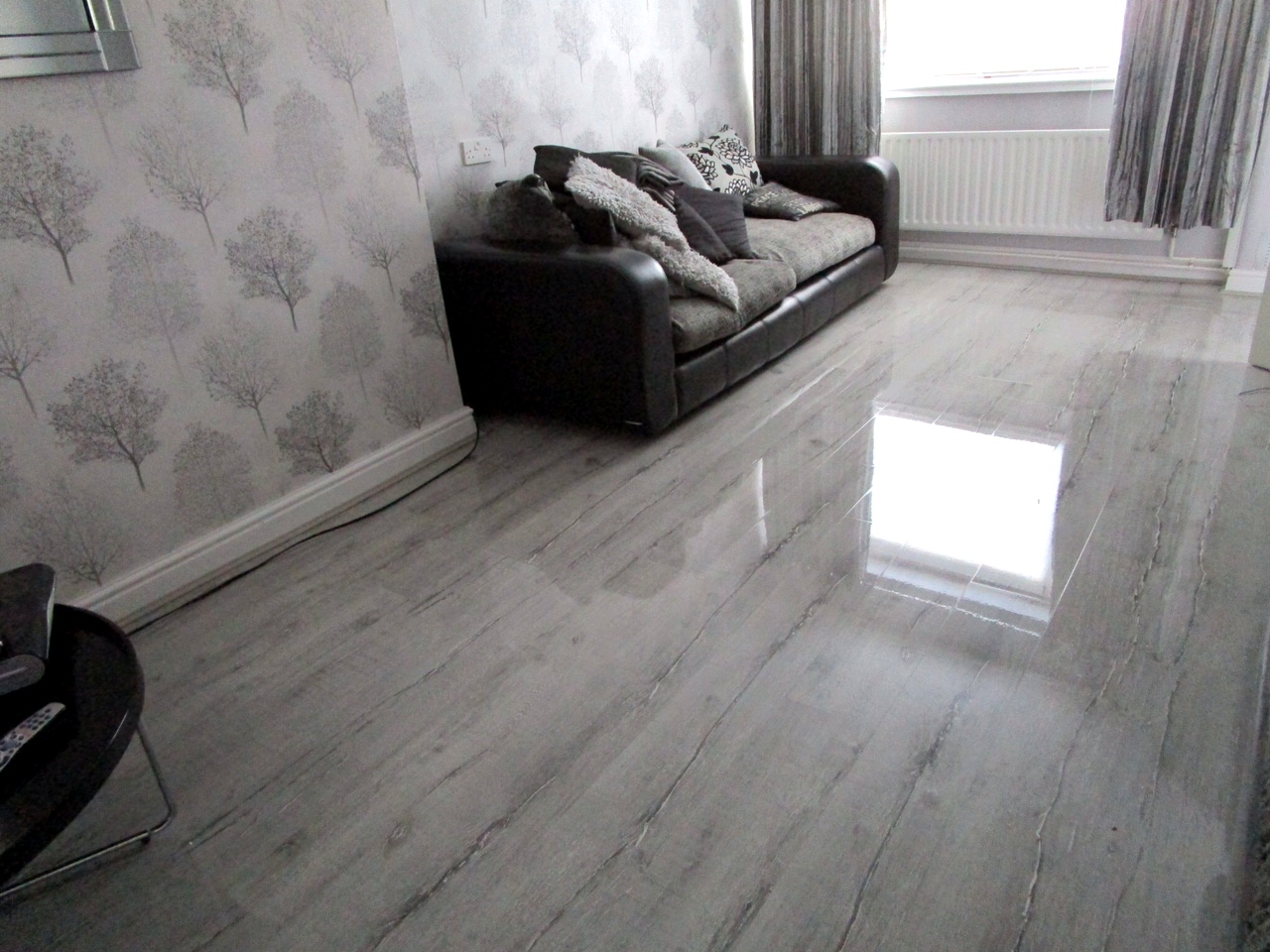Silver Oak Floorless Floors
