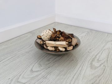 White Oak – High Gloss Laminate Flooring